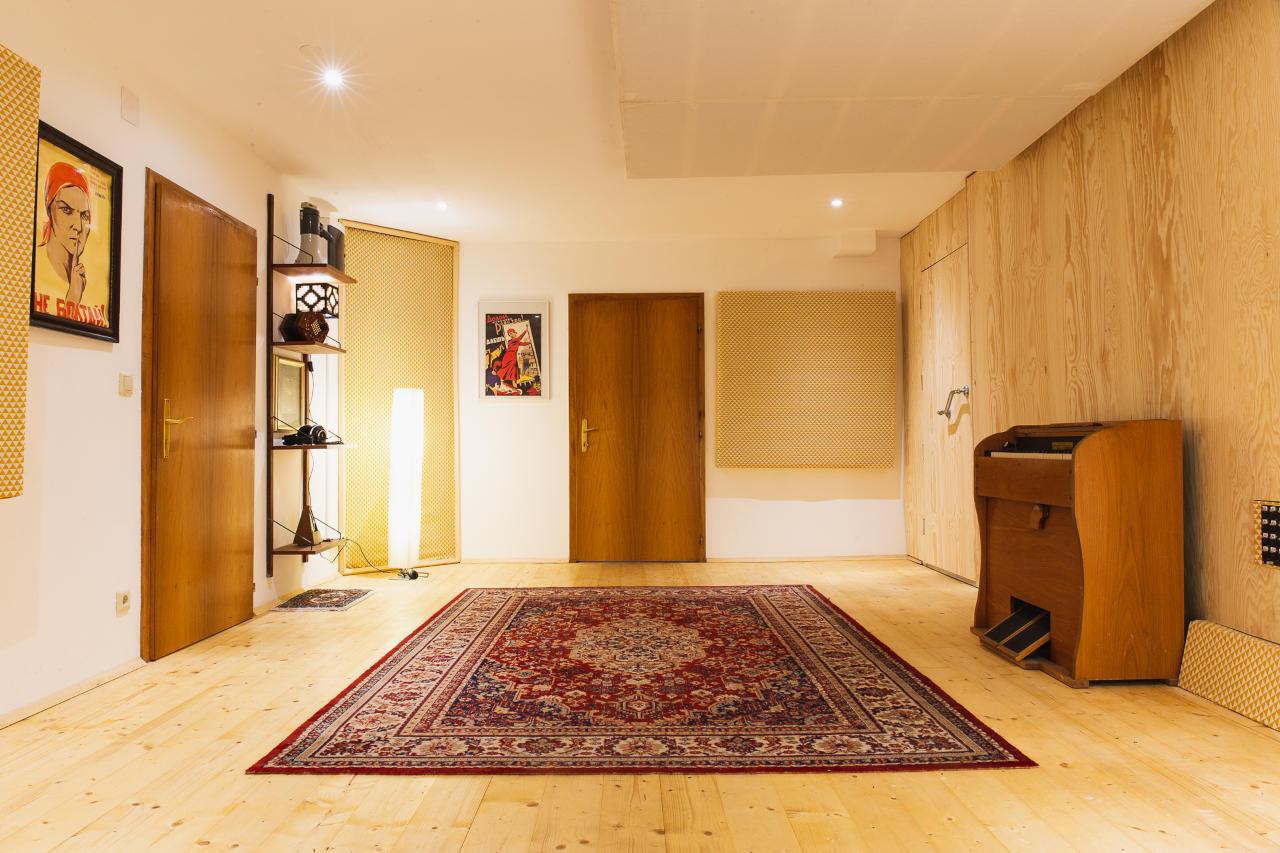 Zonkey Studios Room A